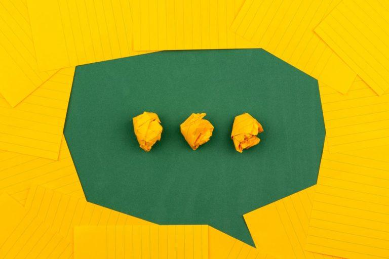 Encuentra el tono de marca adecuado para tu proyecto verde